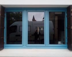 Fenêtre mélèze à Préty