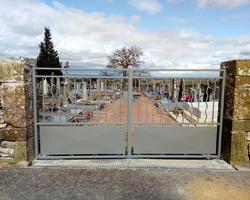 Portail métal à Chissey-Lès-Mâcon